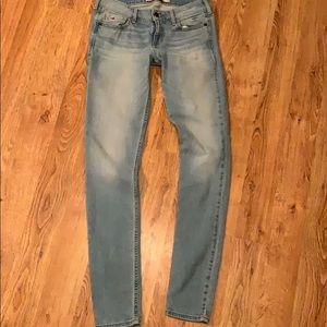 Hollister women's skinny legging Jeans size 27